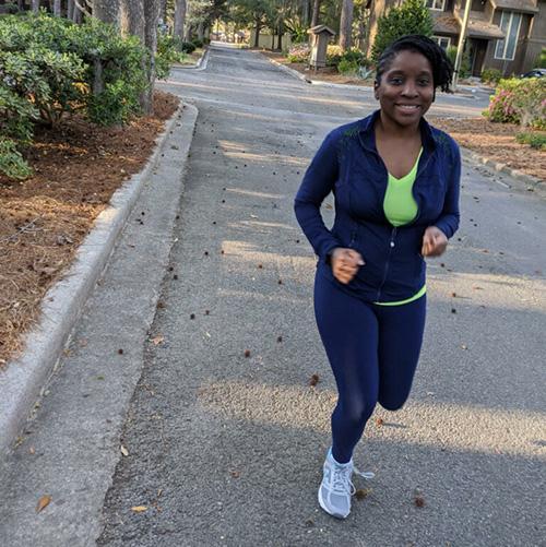 Antoinette jogging